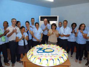 Figura 2. Al centro primera directora provincial de los Joven Club en Villa Clara
