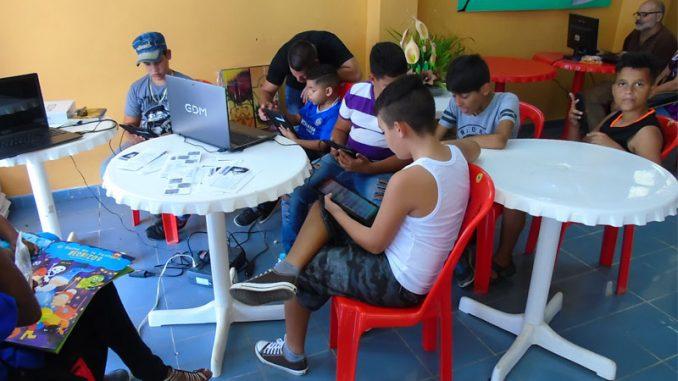 Fig. 1. Feria del Libro en Mayabeque