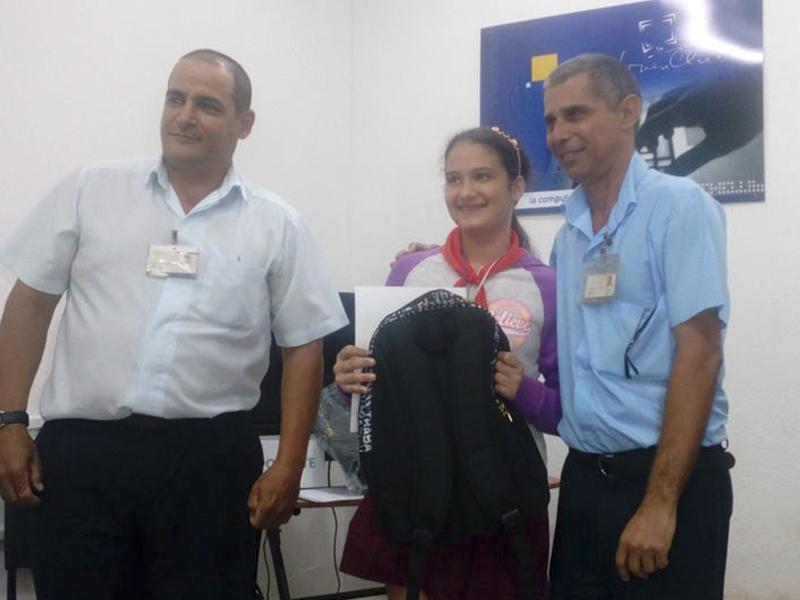 Infoclub y ENCEC. Laura González Roteta, estudiante de 6to grado que obtubo el Premio Especial en Matanzas.