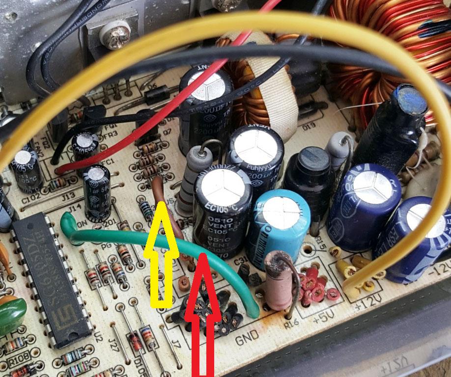 Figura. 6: Conexiones necesarias que garantizan el encendido de la fuente. - #RevistaTino