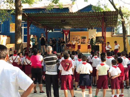 Homenaje a Fidel Castro - #RevistaTino
