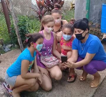 Trabajo con las niñas en las TIC - #RevistaTino